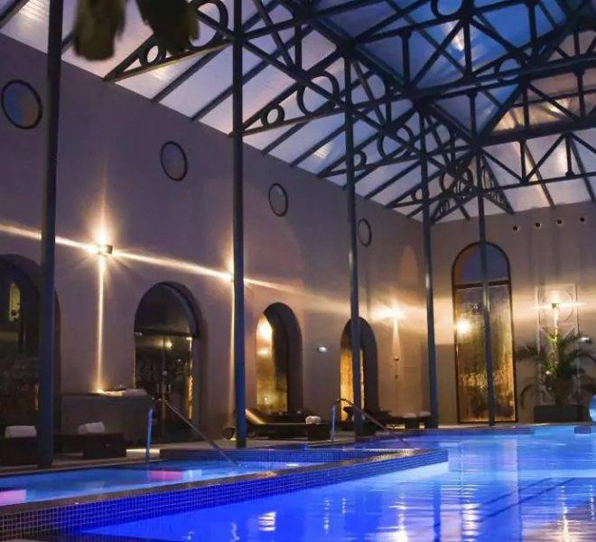 YHI Spa Pool
